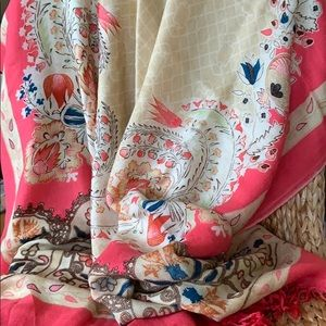 Accessories - New XL Floral Print 100% super soft wool Scarf